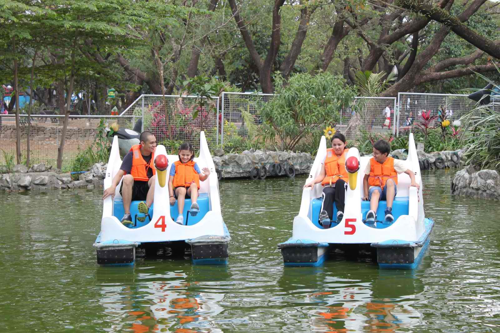 dating activities metro manila We are teambuilding manila we believe that teams that play together are built together we design team events according to your objective, requirement and budget.