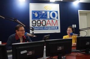 Wazzup Pilipinas e-Blog Mo Na Yan Radio Show radio Vigattin anchors